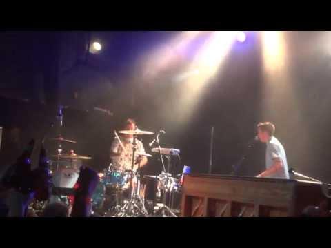 Twenty One Pilots - Trees HD (Live in Toronto)