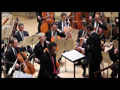 Gerald Finley performs with the Boston Symphony