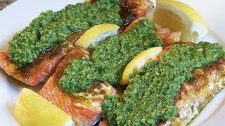How To Make Salmon Fillets With Spinach Almond Pesto