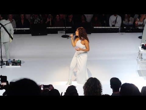 Solange In Sydney, Live