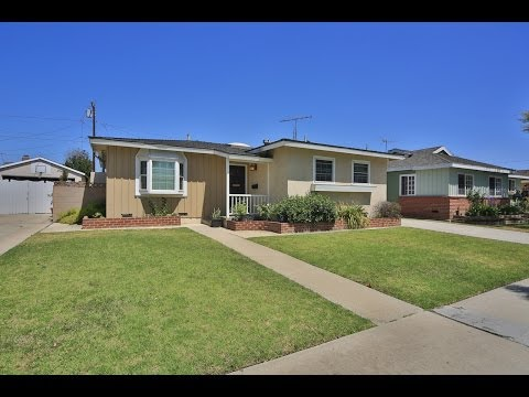 1304 Fonthill Torrance - Listed by Tony Accardo
