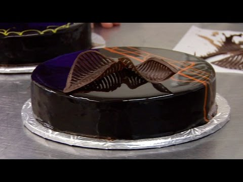 How To Make Perfect Chocolate Mirror Glaze - Miroir & Tempering
