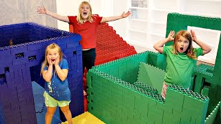 BEST COLORED LEGO FORT WINS!