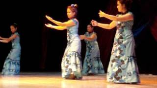 pikake dancing lovely hula hands