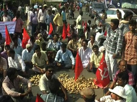 TMC, CPM clashes in Bankura over protest against farmer suicides