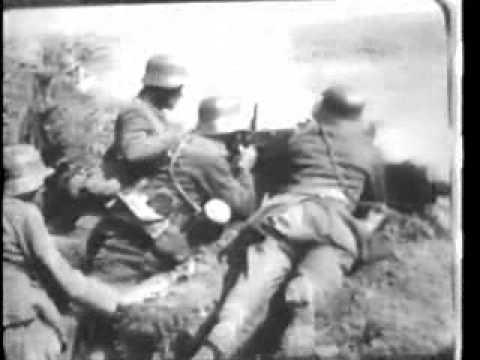 WWI German Machine Gun Crew in Action Part A