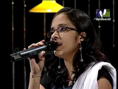 CHRISTIAN DEVOTIONAL SONGS │Oru kody janmamee bhoomiyil thannalum...│Athmeeyayathra TV