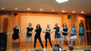 Танец красных, август 2013