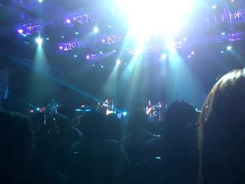 Ella Live in Singapore 2012 (Menyanyilah Lalala & Layar Impian)