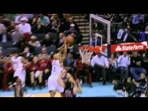 Gerald Henderson Climbs the Ladder Over Noah for the Slam