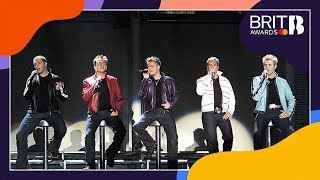 Westlife - Uptown Girl (Live at The BRITs 2001)