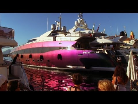 Saint-Tropez's finest yachts & cars!