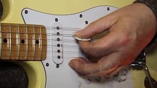 Left Handed, how to tune your guitar - Get a FREE guitar tuner