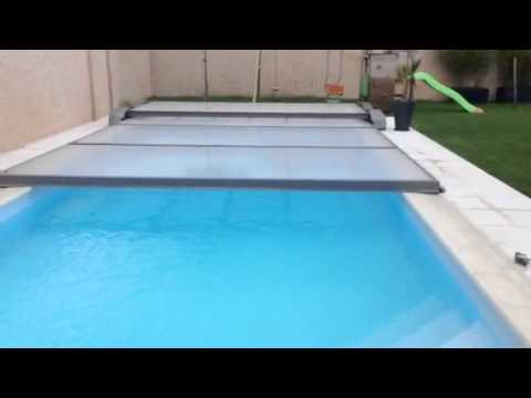 Abri plat piscine motoris abrisud youtube for Abri piscine plat