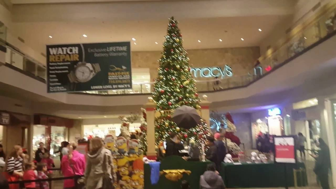 Westminster Mall Ca California Christmas Tree 2015 In