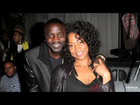 Akon - Make Me Feel ft. Nicki Minaj (Official Audio)