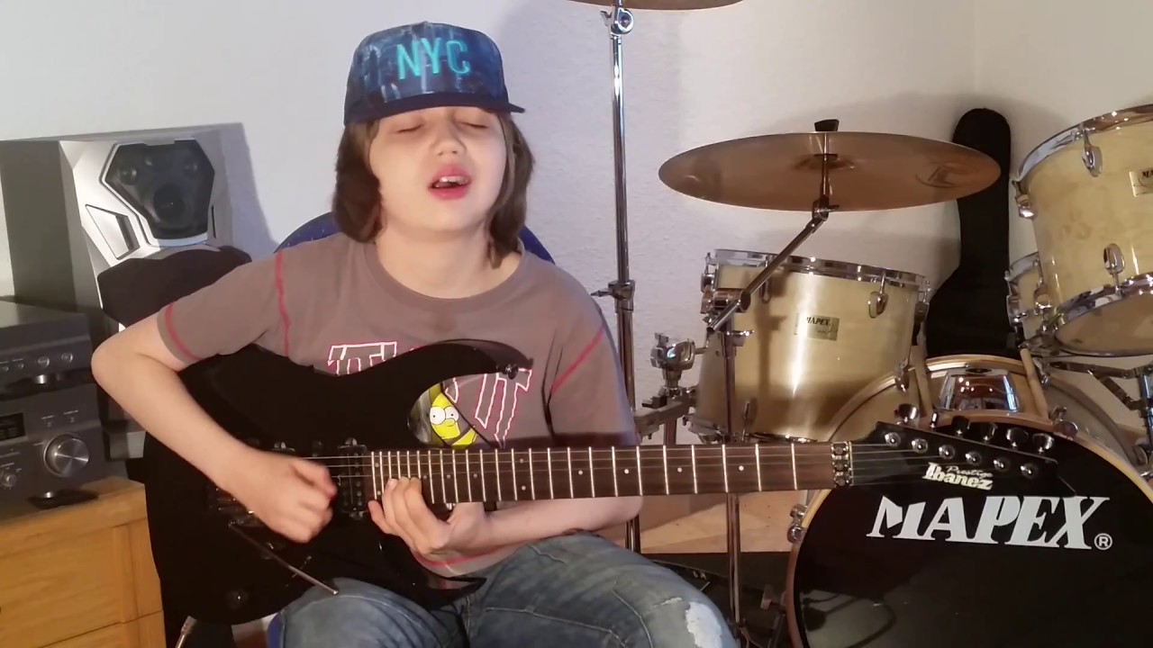 beat it guitar solo in 3 different speeds by the 13 years old dustin tomsen youtube. Black Bedroom Furniture Sets. Home Design Ideas