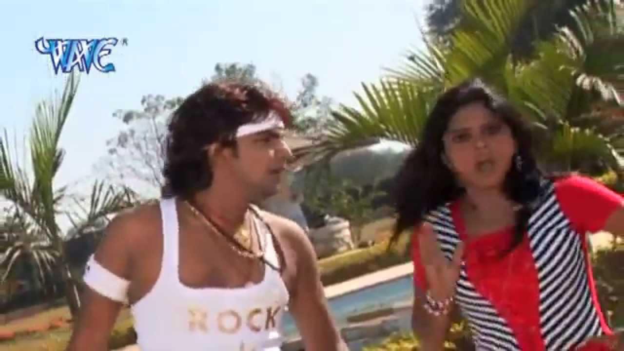 इ लइकी हम पे मरेली - Bhojpuri DJ SONG | E Naya Chiz Haa | Pawan Singh | D J  Dhamaka Song