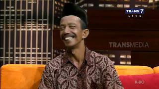 Download lagu Ternyata Pak Udin Marbot Viral Membangunkan Sahur Dengan Cara Unik HITAM PUTIH Part 2 MP3