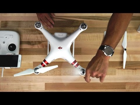 DJI Tutorials - Phantom 3 Standard - Installing the Propellers
