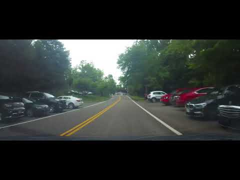 Driving around Gates Mills, Ohio