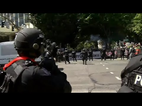 Far-right rally and counter-protests in Portland end without violence ...