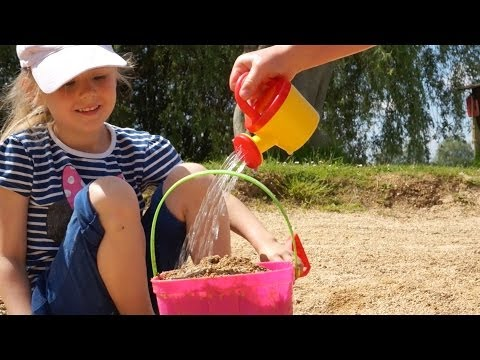 Year 1 Visit To Cotswold Country Park & Beach