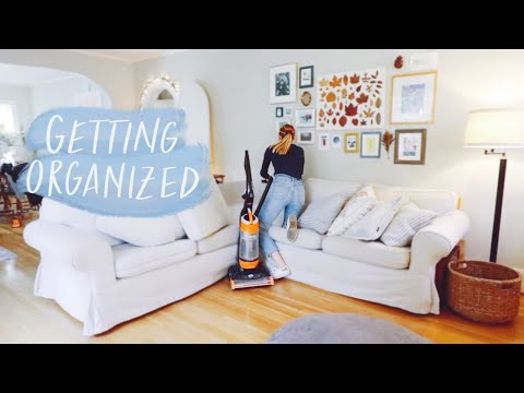 GET ORGANIZED WITH ME || Sorting out my phone & laptop + cleaning the house