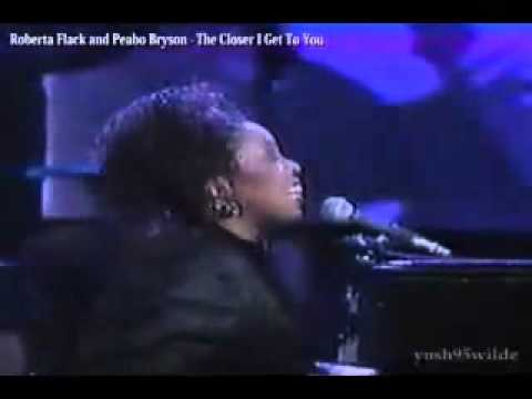 Roberta Flack and Peabo Bryson - The Closer I Get To You.flv