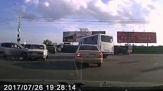 Авария на пересечении Добролюбова и Большевистской г. Новосибирск.