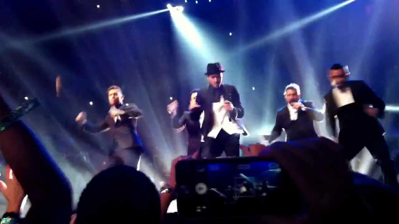 *NSYNC reunion at the VMAS 2013 | Nsync, Vmas, Concert