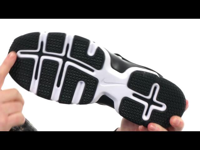 2a25595021a8 Nike Lunar Fingertrap TR at Zappos.com