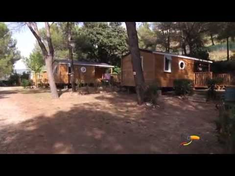 Camping vall e heureuse pr s de saint remy de for Camping saint remy de provence avec piscine