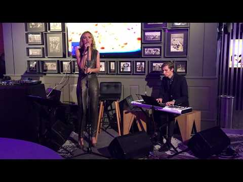 Iluta Alsberga - Love at first sight (acoustic Kylie Minogue cover)