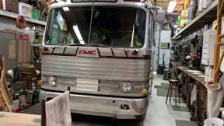 pd4104-gm-bus-tour-and-bus-story