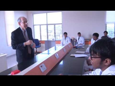 """ A physics workshop for students of Delhi Public School "" by Prof Arthur Eisenkraft"