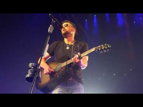 Eric Church - Give Me Back My Hometown (4/22/2017) Cincinnati, Ohio