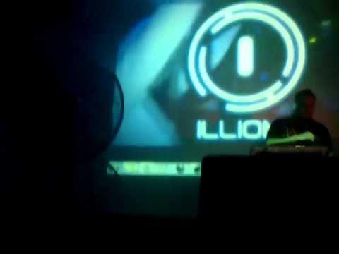 Dj Javitron En (Ilion Discotec) Leon- Nicaragua