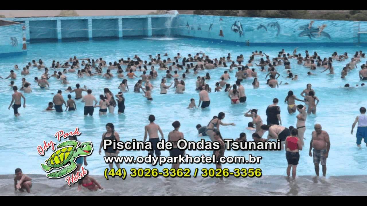 Piscina de ondas tsunami ody park hotel youtube - Piscina onda ...
