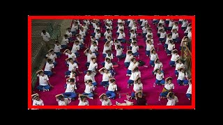 Breaking News | Tens of thousands join Indian leader for world yoga day