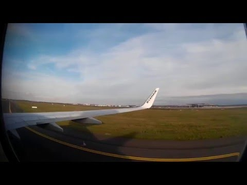 Ryanair Landing at Berlin Schönefeld from Bratislava