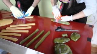 Как сделать конфеты из карамели?