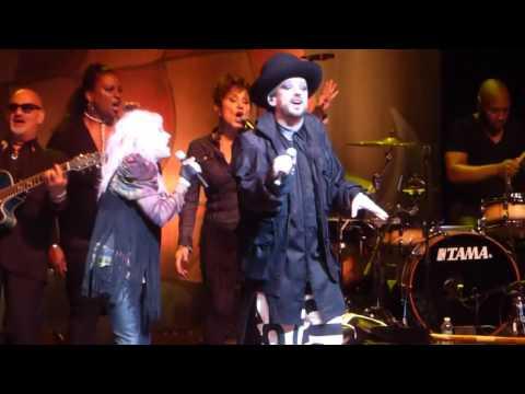 """Girls Just Wanna Have Fun"" Cyndi Lauper & Boy George@Borgata Atlantic City 5/29/16"