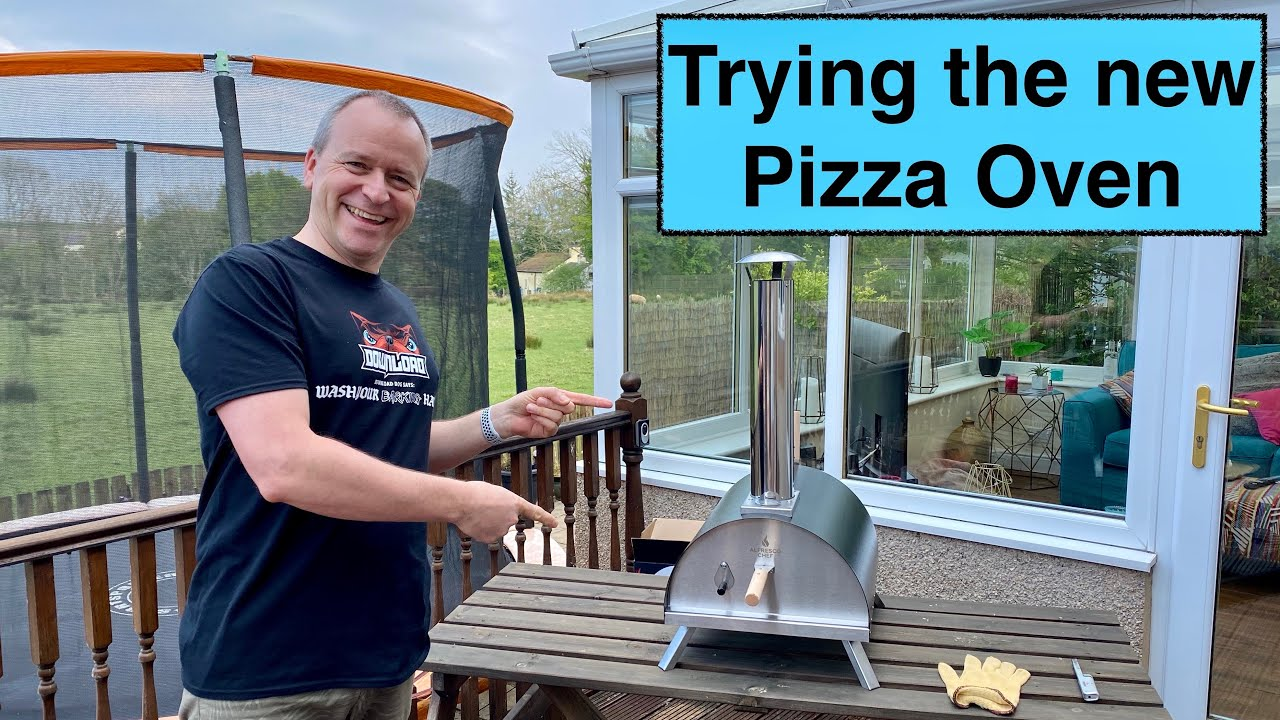 Download Trying out our new pizza oven!