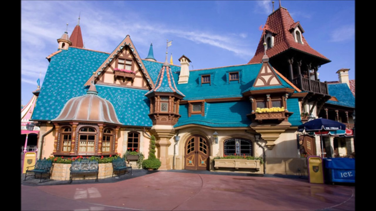 Pinocchio village haus loop youtube for World house music
