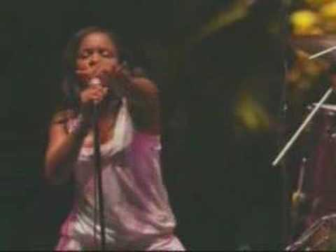 The Go! Team - The Power Is On (Live @ Coachella 2006)