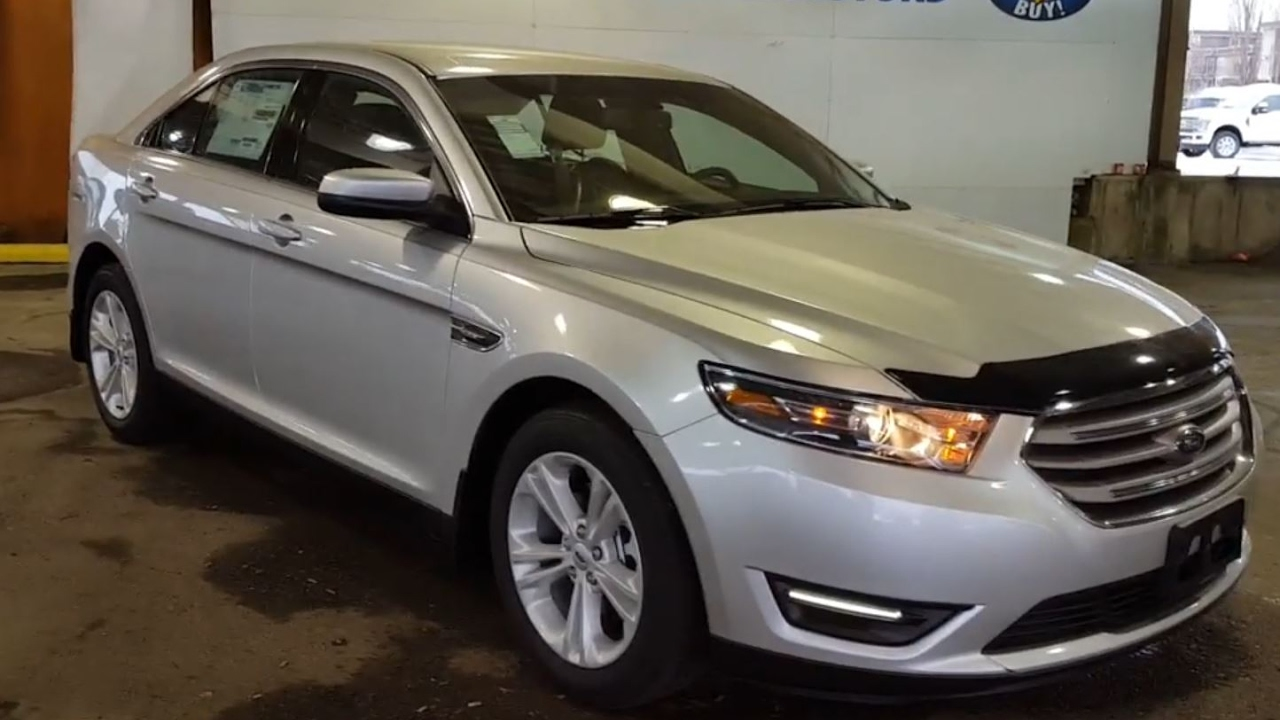 2017 ford taurus sedan sel awd review prince george motors youtube. Black Bedroom Furniture Sets. Home Design Ideas