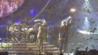 Q+AL - We Will Rock You & We Are The Champions - Air Canada Centre - Toronto, ON