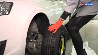 мир авто: Замена колеса женскими руками