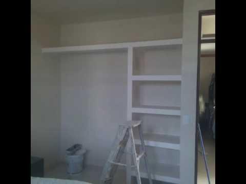 Dise os en tablarocka closet piedra en polvo la for Disenos de closets para recamaras